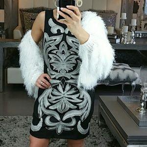 DRESS BLACK WHITE EMBROIDED DRESS